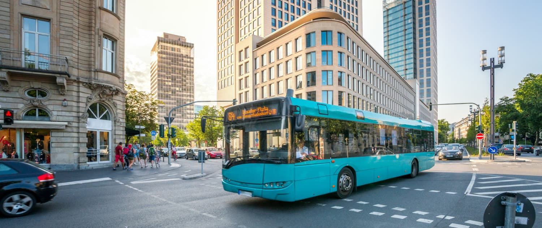Amortisseurs renforcés de Marquart pour les bus urbains