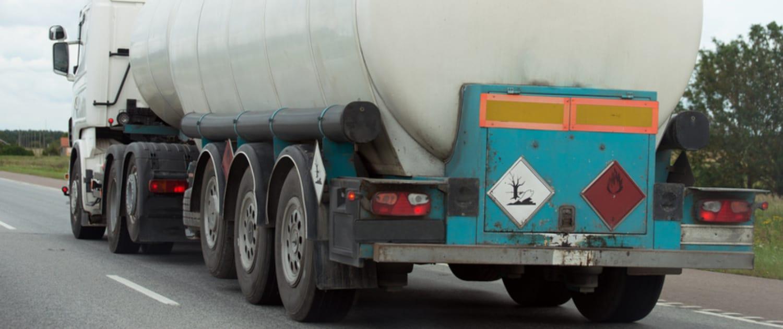 Amortisseurs renforcés de Marquart pour les camions de marchandises dangereuses