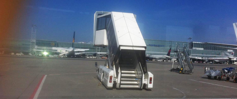 Amortisseurs renforcés pour les passerelles d'embarquement des passagers