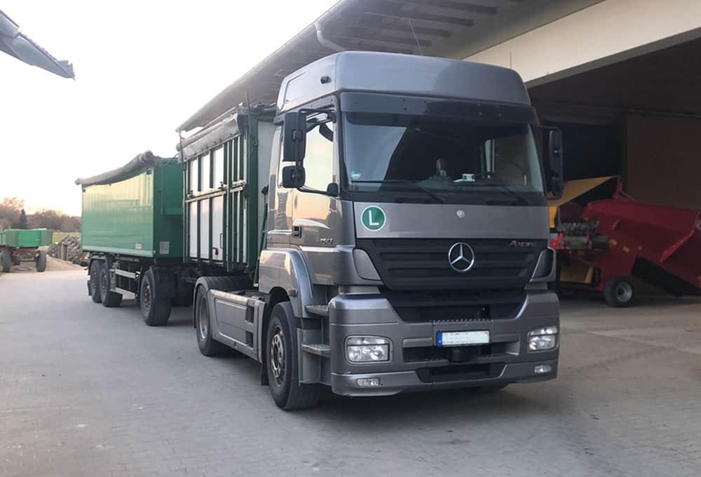 Mercedes Arox avec amortisseurs renforcés